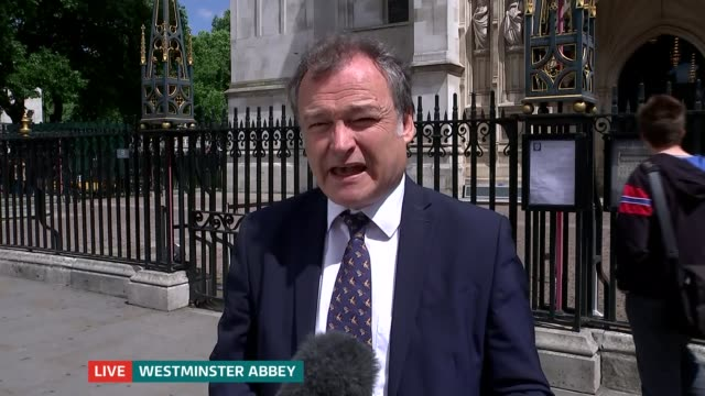 ronnie corbett service of thanksgiving at westminster abbey england london wesminster abbey ext reporter to camera/ jo brand interview sot - ronnie corbett stock videos & royalty-free footage