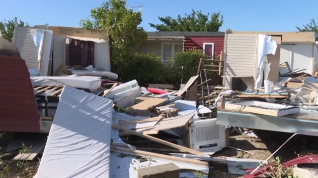 stockvideo's en b-roll-footage met roofs were ripped off houses and mobile homes and caravans were thrown onto their sides as a tornado tore through the southern french town of arles... - dawn french