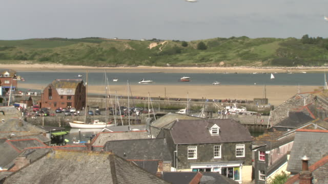 ws rooftops in cornish town, uk - stationary stock videos & royalty-free footage