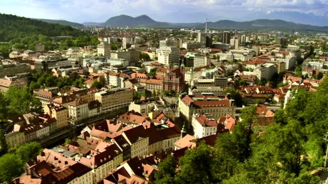 WS Luftaufnahme Dächer von Ljubljana