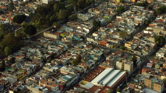 vidéos et rushes de rooftops of mexico city neighborhood - quartier résidentiel