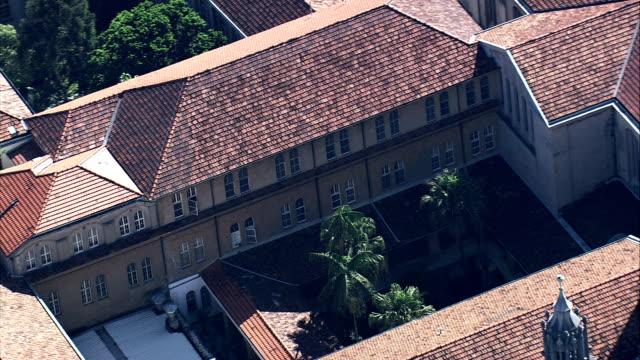 tetti di monastero di são bento-vista aerea-san paolo, san paolo, brasile - monastero video stock e b–roll