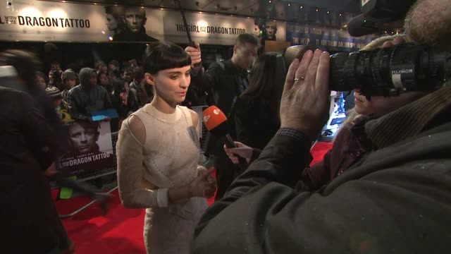 rooney mara at the girl with the dragon tattoo world premiere at odeon leicester square on december 12 2011 in london england - odeon leicester square stock videos and b-roll footage