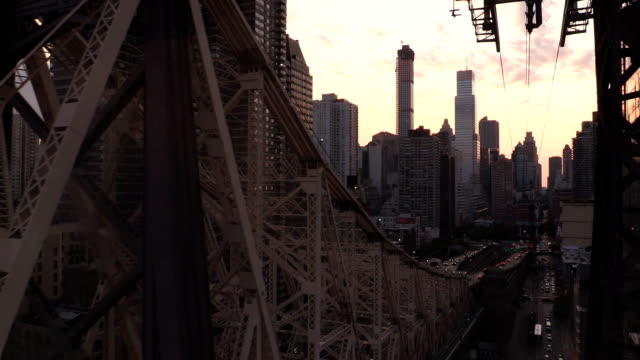 roosevelt island tramway view in new york city - approaching stock videos & royalty-free footage