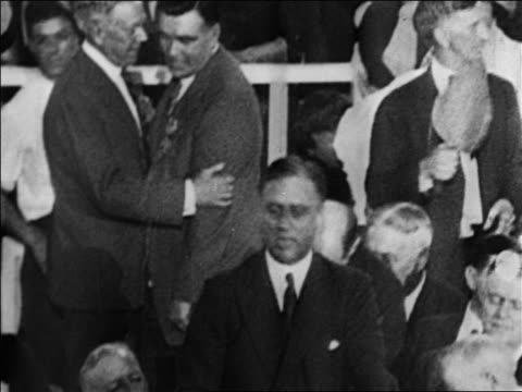 vídeos de stock e filmes b-roll de roosevelt speaking at democratic national convention / san francisco / documentary - conferência partidária