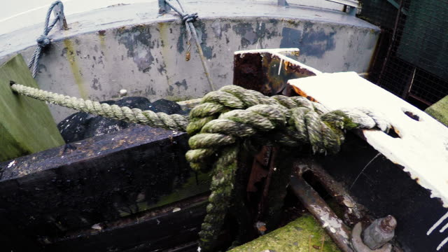 rope holding docked boat - wide - pipeline stock videos & royalty-free footage