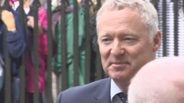 rory bremner at a service of thanksgiving for the life and work of sir terry wogan at westminster abbey on september 27, 2016 in london, england. - テリー ウォーガン点の映像素材/bロール