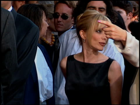 rosanna arquette at the 'desperado' premiere on august 21 1995 - 1995 stock-videos und b-roll-filmmaterial