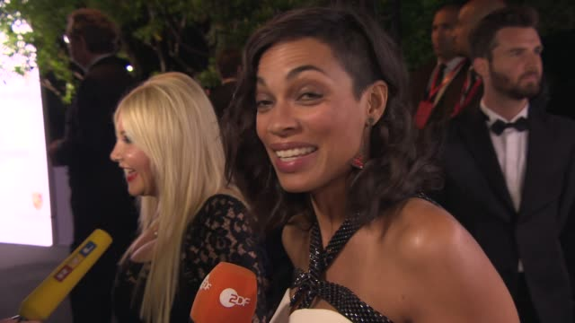 rosario dawson on what she's wearing, being in cannes at de grisogono party at hotel du cap-eden-roc on may 20, 2014 in cap d'antibes, france. - rosario dawson stock videos & royalty-free footage