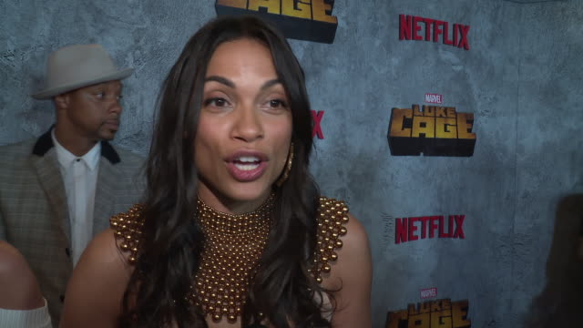 stockvideo's en b-roll-footage met interview – rosario dawson on why it's important for us to watch a character like luke cage on screen right now and what she hopes young people will... - première