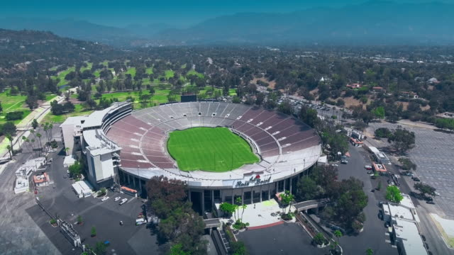 rose bowl aerial - pasadena california stock videos & royalty-free footage