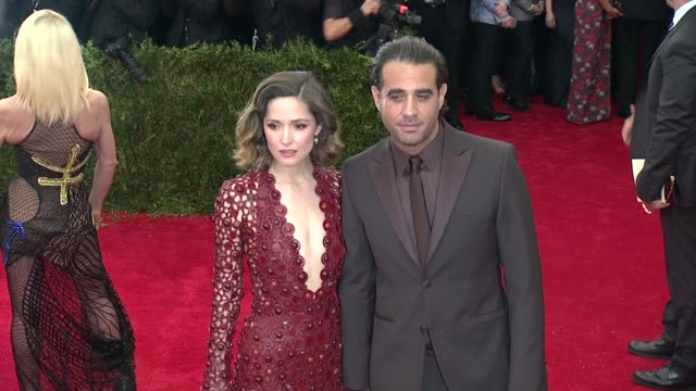 rose byrne and bobby cannavale at china through the looking glass costume institute benefit gala arrivals at metropolitan museum of art on may 04... - rose byrne stock videos and b-roll footage