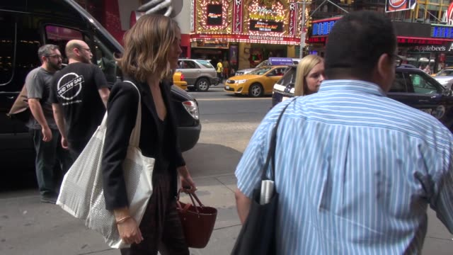 rose byrne arrives at the american airlines theater for the press junket of the broadway revival of you can't take it with you poses with fans in... - rose byrne stock videos and b-roll footage