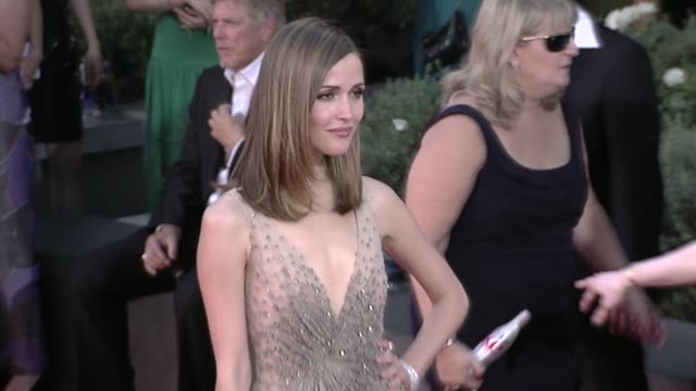 rose byrne at the 61st annual primetime emmy awards arrivals part 3 at los angeles ca - rose byrne stock videos and b-roll footage