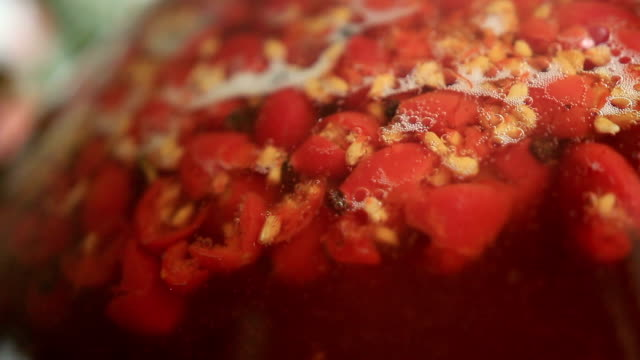 Rose hip wine fermentation