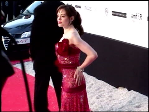 vídeos y material grabado en eventos de stock de rose mcgowan at the amfar 'cinema against aids' gala presented by miramax films palisades pictures and quintessentially on may 19 2005 - miramax