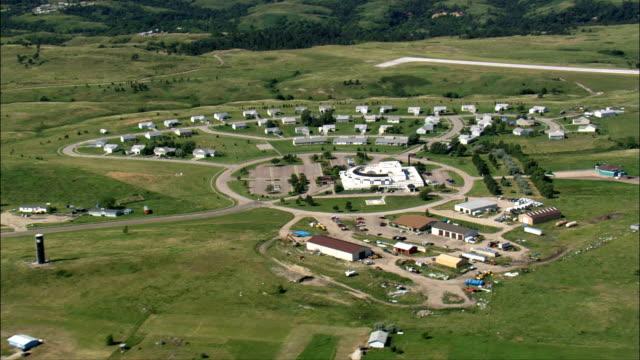 vidéos et rushes de rosebud-vue aérienne-dakota du sud, le todd county, états-unis - réserve amériendienne