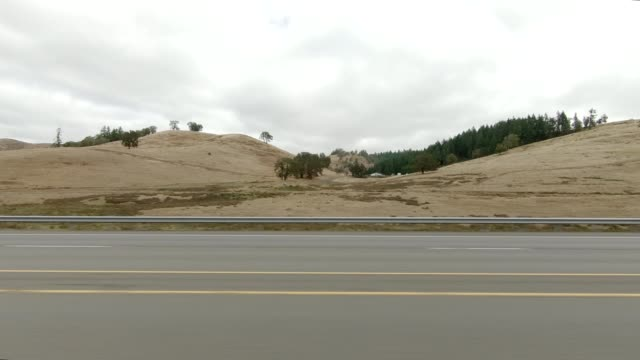 roseburg highway xiii synced series left view driving process plate - oregon us state stock videos & royalty-free footage