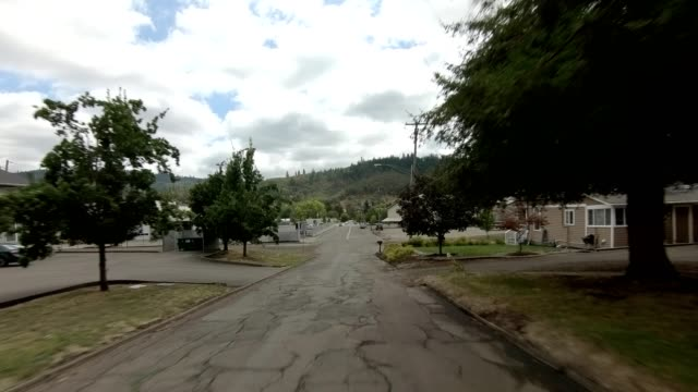 roseburg town xviii synced series front view driving process plate - oregon us state stock videos & royalty-free footage