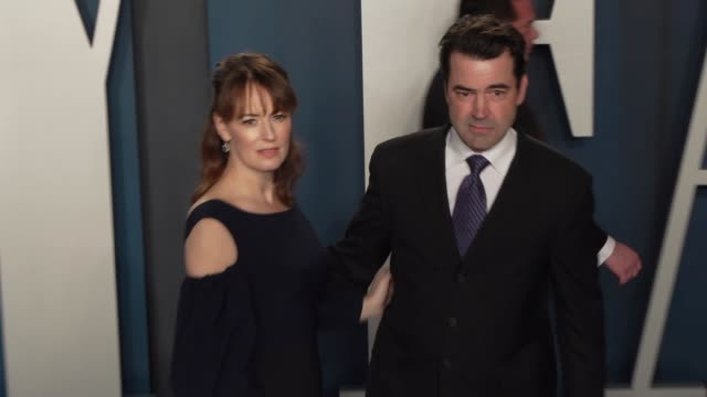 rosemarie dewitt and ron livingston at vanity fair oscar party at wallis annenberg center for the performing arts on february 09, 2020 in beverly... - vanity fair stock videos & royalty-free footage