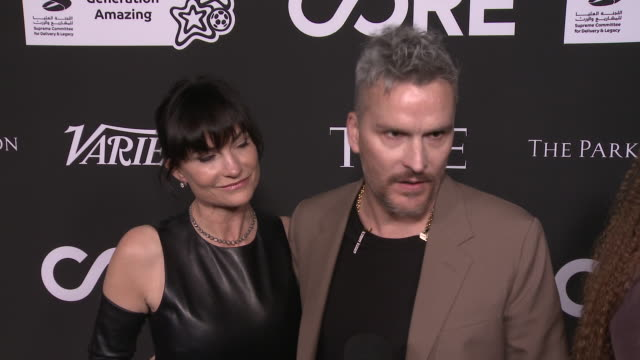 vídeos y material grabado en eventos de stock de interview rosetta balthazar getty on what it means to be honored and how the work sean penn does inspired them at the core gala a gala dinner to... - sean penn