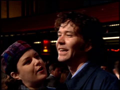 rosie o'donnell at the 'french kiss' premiere at grauman's chinese theatre in hollywood california on may 1 1995 - zungenkuss stock-videos und b-roll-filmmaterial