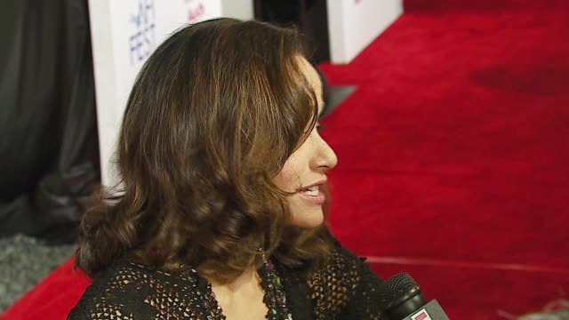 rosie perez at the afi fest 2006 'volver' premiere at the cinerama dome at arclight cinemas in hollywood, california on november 3, 2006. - rosie perez stock videos & royalty-free footage