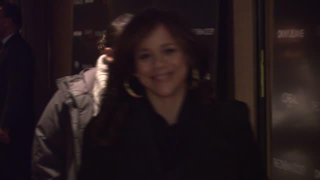 stockvideo's en b-roll-footage met rosie perez at the new york special screening of 'cassandra's dream' at tribeca grand screening room in new york, new york on december 18, 2007. - rosie perez