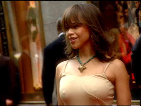 rosie perez posing for paparazzi on red carpet at radio city music hall - rosie perez stock videos & royalty-free footage