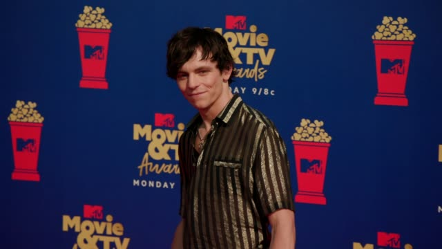 ross lynch at the 2019 mtv movie tv awards at barkar hangar on june 15 2019 in santa monica california - mtv movie & tv awards stock videos & royalty-free footage