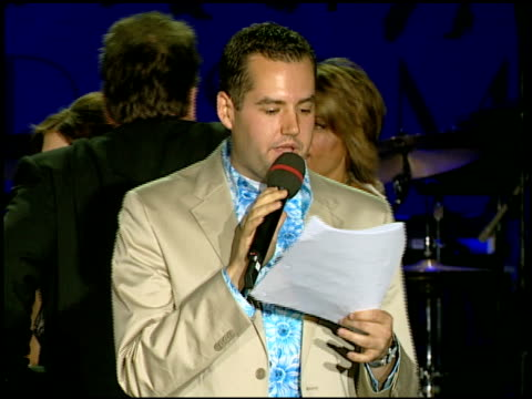 vidéos et rushes de ross mathews and tom arnold at the 14th annual race to erase themed 'dance to erase on april 13, 2007. - race to erase ms