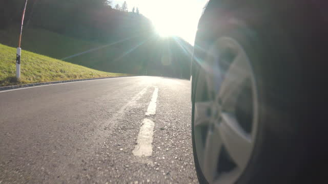 stockvideo's en b-roll-footage met rossfeld panoramische weg, berchtesgaden, duitsland, in de herfst - sunny