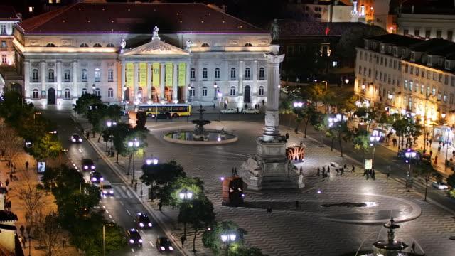 vídeos y material grabado en eventos de stock de t/l zo ws ha rossio square at night, lisbon, portugal - plaza