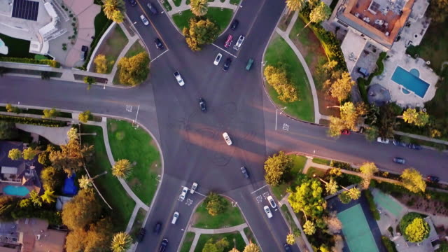 rotating drone shot of beverly hills intersection - beverly hills california stock videos & royalty-free footage