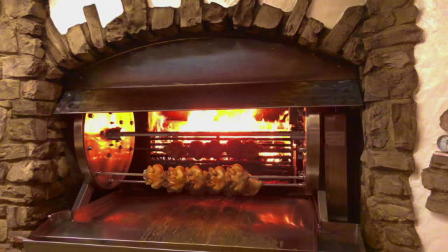 rotating machine with grilled chicken - roast chicken stock videos & royalty-free footage
