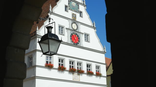 tu rothenburg ratstrinkstube viewed from the town hall. - romantic road germany stock videos and b-roll footage