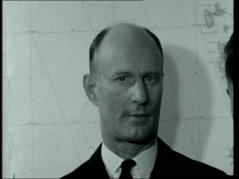 stockvideo's en b-roll-footage met captain howarth interview; location unknown: int captain howarth interview. - 16mm neg itn 1.38mins tx /5.55pm 22240 - itv evening bulletin