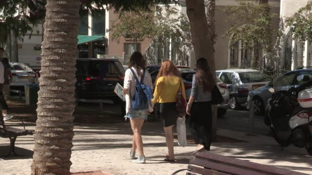 rothschild boulevard, tel aviv, israel - tel aviv stock videos & royalty-free footage