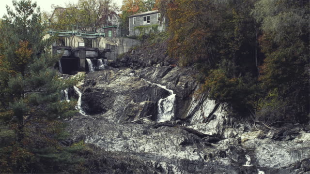 stockvideo's en b-roll-footage met rotoscoped waterfall and mill on ct river cinema graph - graph