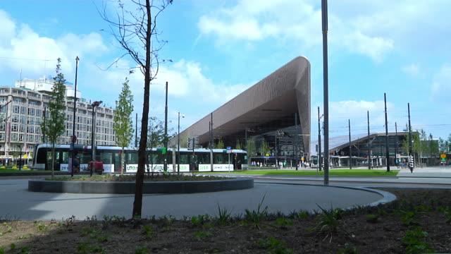 vídeos y material grabado en eventos de stock de rotterdam centraal railway station - rotterdam
