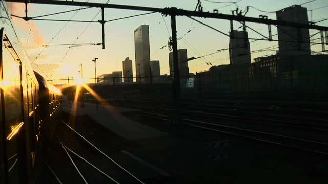 rotterdam - dresden - 列車の車両点の映像素材/bロール