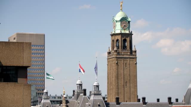 vídeos y material grabado en eventos de stock de 4k: edificio de la municipalidad de rotterdam - rotterdam