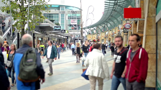rotterdam shopping street - large group of people stock videos & royalty-free footage