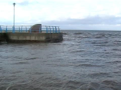vídeos de stock, filmes e b-roll de pal mares bruto 3 - quebra mar