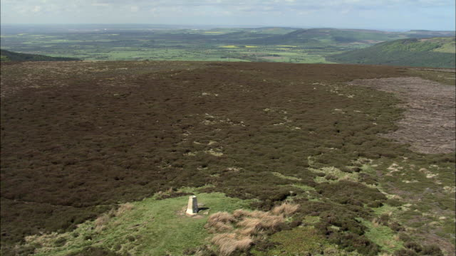 round hill trig point on urra moor - sequential series stock videos & royalty-free footage