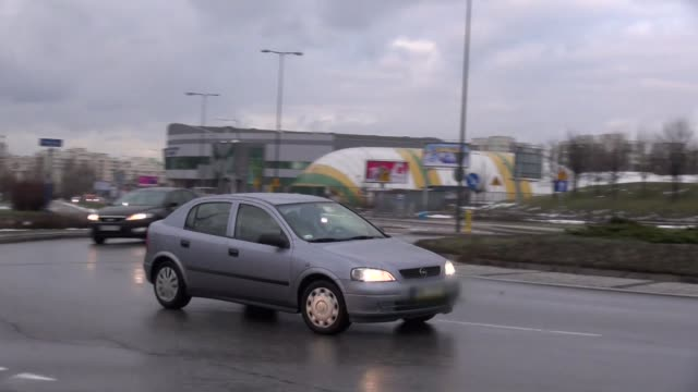 roundabout in ursynow in warsaw - roundabout stock videos & royalty-free footage