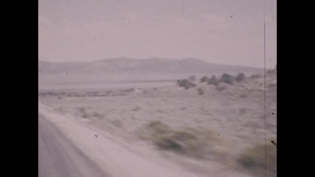 vídeos de stock e filmes b-roll de 1947 route 66 entering utah - utah