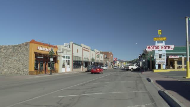 route 66 through flagstaff, arizona, united states - flagstaff arizona video stock e b–roll