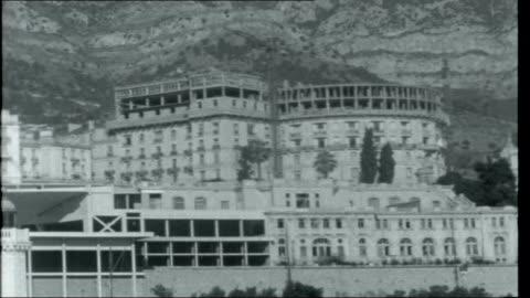 monaco; monaco: ext general views of monte carlo coastline aristotle onassis yacht 'christina' moored in harbour general views of royal palace,... - palace 個影片檔及 b 捲影像