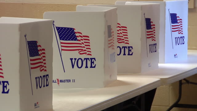 stockvideo's en b-roll-footage met cu, pan, row of voting booths, st. marys, ohio, usa - verkiezing